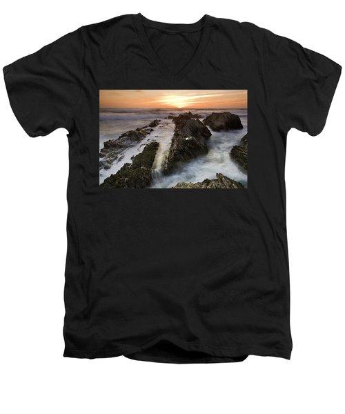 Montana De Oro Sunset 1 Men's V-Neck T-Shirt
