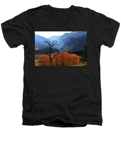 Men's V-Neck T-Shirt featuring the photograph Moraine Park by Shane Bechler