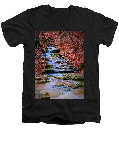 Mossy Creek Men's V-Neck T-Shirt