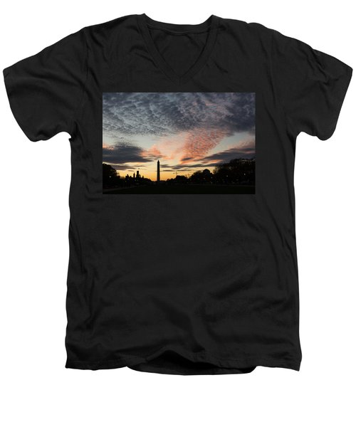 Mother Nature Painted The Sky Over Washington D C Spectacular Men's V-Neck T-Shirt