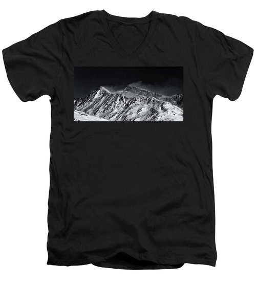 Mountainscape N. 5 Men's V-Neck T-Shirt