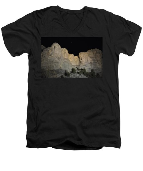 Mt. Rushmore At Night Men's V-Neck T-Shirt