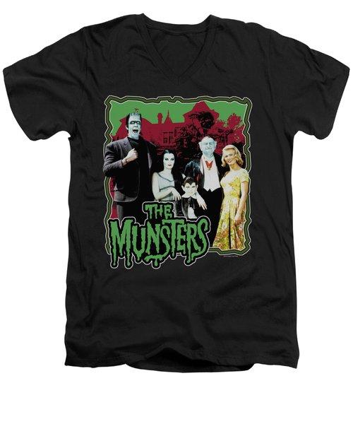 Munsters - Normal Family Men's V-Neck T-Shirt