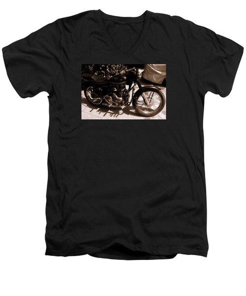 Royal Enfield Bullet 350 Men's V-Neck T-Shirt