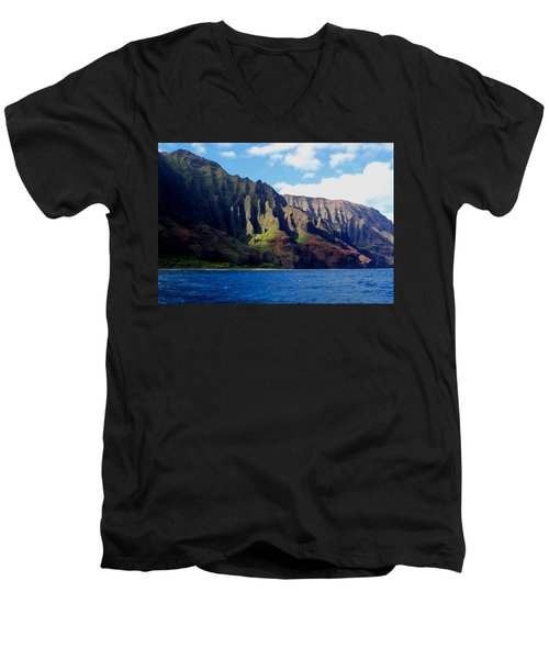 Na Pali Coast On Kauai Men's V-Neck T-Shirt