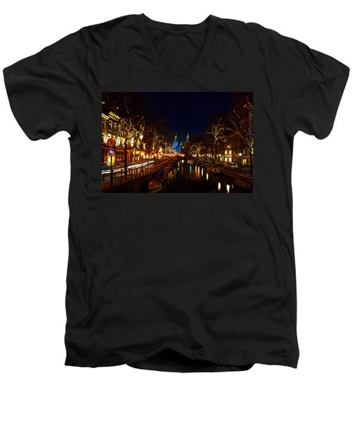 Nieuwe Spieglestraat At Night Men's V-Neck T-Shirt