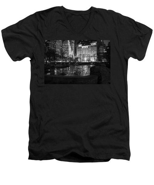 Night Central Park Lake H Men's V-Neck T-Shirt