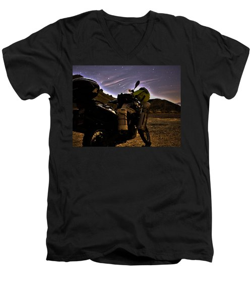 Oak Canyon 3 Am Men's V-Neck T-Shirt