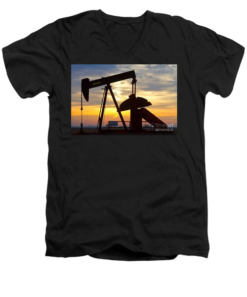 Oil Pump Sunrise Men's V-Neck T-Shirt