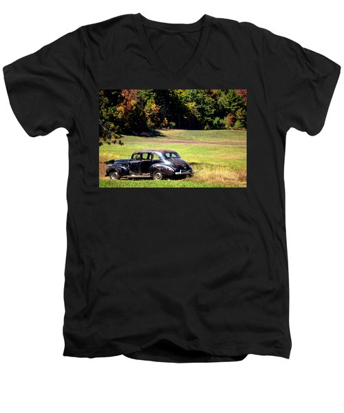 Old Car In A Meadow Men's V-Neck T-Shirt
