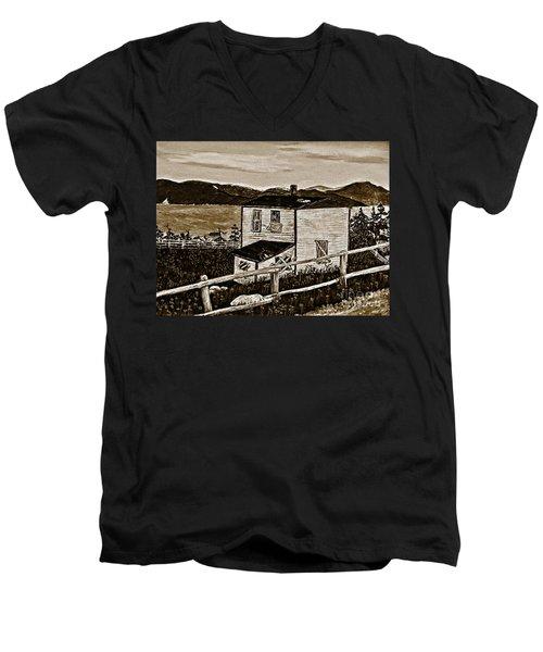 Old House In Sepia Men's V-Neck T-Shirt