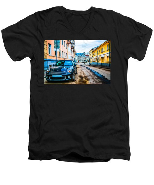 Old Lane Men's V-Neck T-Shirt