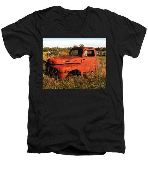 Old Orange Men's V-Neck T-Shirt