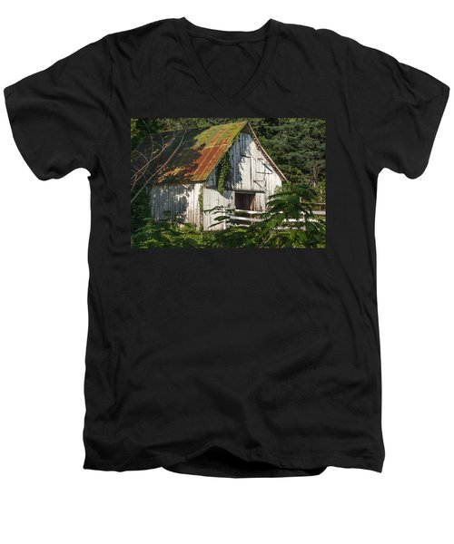 Old Whitewashed Barn In Tennessee Men's V-Neck T-Shirt by Debbie Karnes