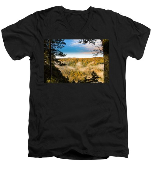 Pa Grand Canyon Men's V-Neck T-Shirt