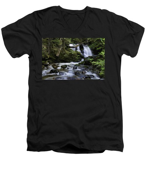 Packer Falls And Creek Men's V-Neck T-Shirt