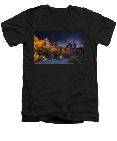Pahrump - Road To Wheeler Peak Men's V-Neck T-Shirt