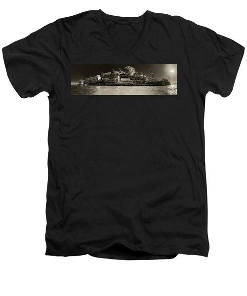Panorama Alcatraz Up Close Men's V-Neck T-Shirt