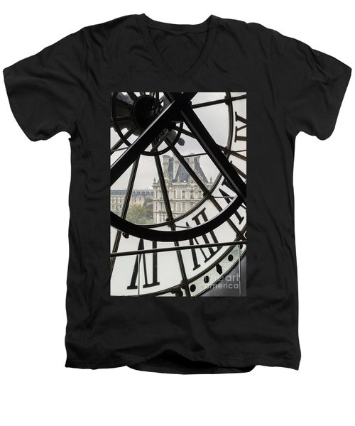 Paris Clock Men's V-Neck T-Shirt