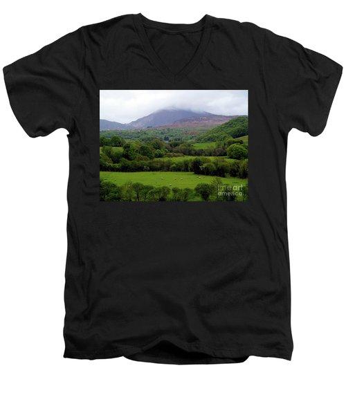Peace On The Emerald Isle Men's V-Neck T-Shirt