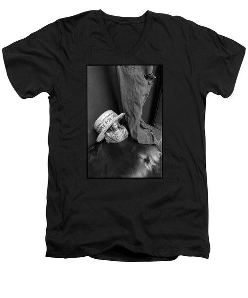 People For Perk Men's V-Neck T-Shirt