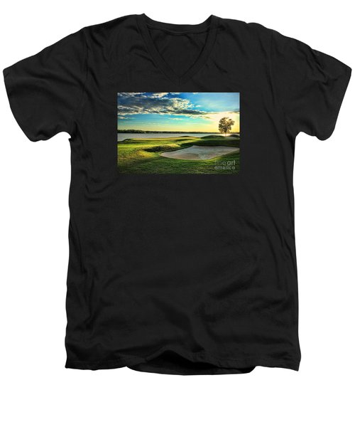Perfect Golf Sunset Men's V-Neck T-Shirt