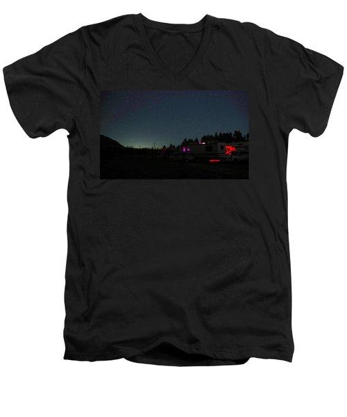 Perseid Meteor-julian Night Lights Men's V-Neck T-Shirt