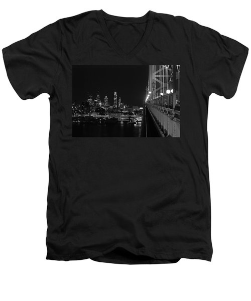 Philadelphia Night B/w Men's V-Neck T-Shirt
