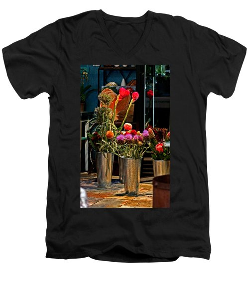 Phlower Vases Men's V-Neck T-Shirt