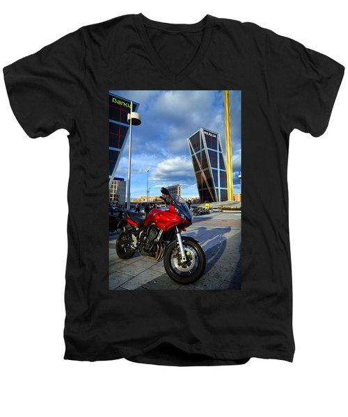 Plaza De Castilla Men's V-Neck T-Shirt