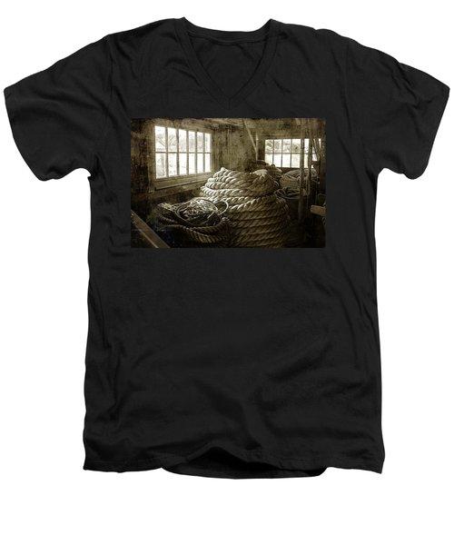 Plymouth Cordage Company Ropewalk Men's V-Neck T-Shirt