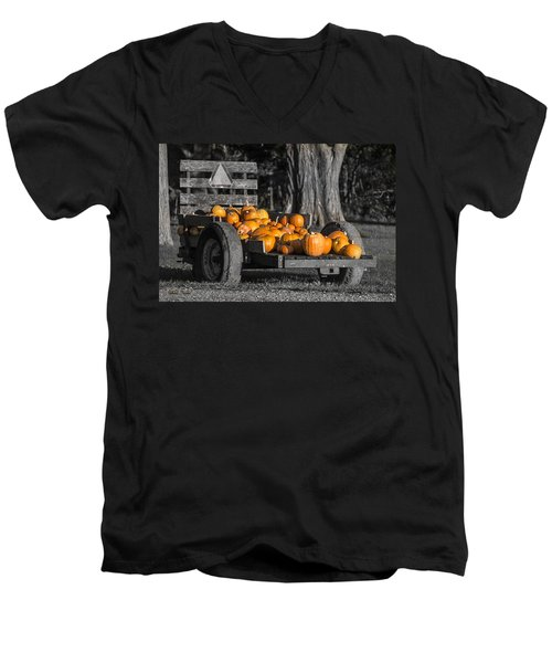 Pumpkin Cart Men's V-Neck T-Shirt