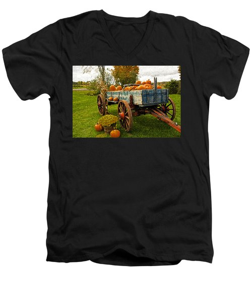 Pumpkins Men's V-Neck T-Shirt