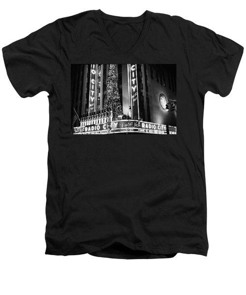 Radio City New York Men's V-Neck T-Shirt