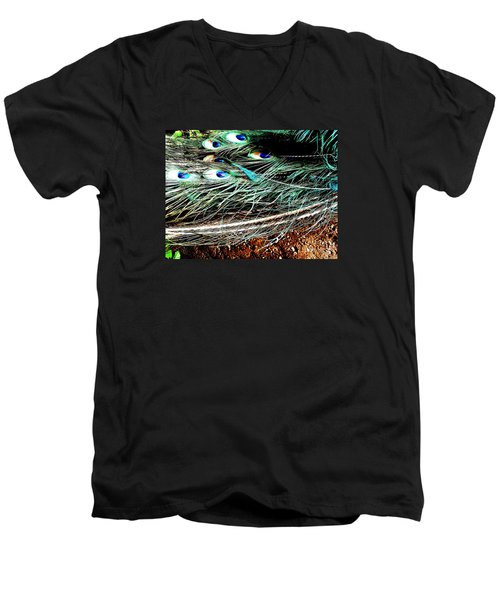 Men's V-Neck T-Shirt featuring the photograph Realpeack by Vanessa Palomino