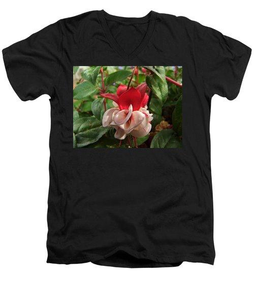 Red And White Fuschia Men's V-Neck T-Shirt
