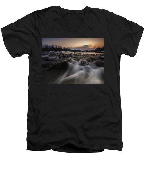 Red Dusk Men's V-Neck T-Shirt