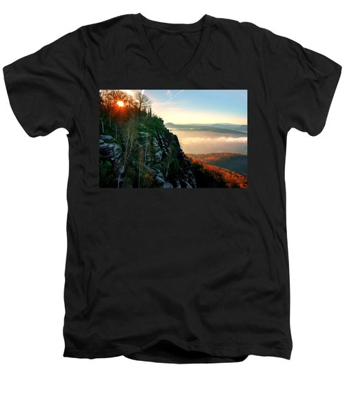 Red Sun Rays On The Lilienstein Men's V-Neck T-Shirt