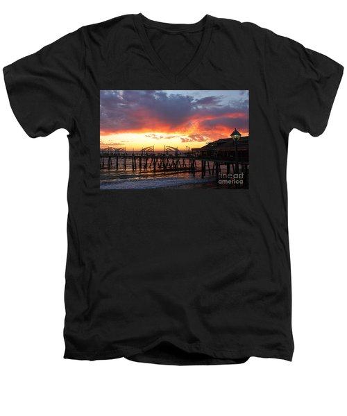 Redondo Pier Sunset Men's V-Neck T-Shirt