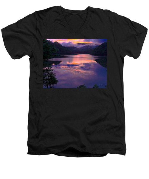 Reflected Sunset Men's V-Neck T-Shirt