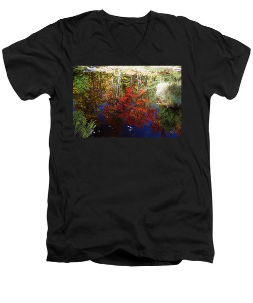 Men's V-Neck T-Shirt featuring the photograph Reflections On Algonquin by David Porteus