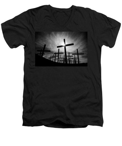 Roadside Memorial Men's V-Neck T-Shirt