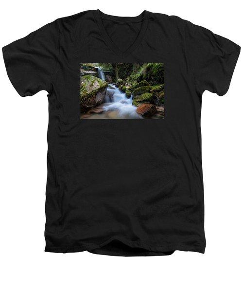 Rock To Rock Down Men's V-Neck T-Shirt by Edgar Laureano
