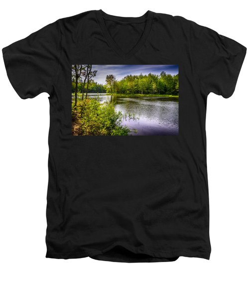 Men's V-Neck T-Shirt featuring the photograph Round The Bend 35 by Mark Myhaver