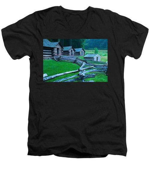 Rustic Life Men's V-Neck T-Shirt
