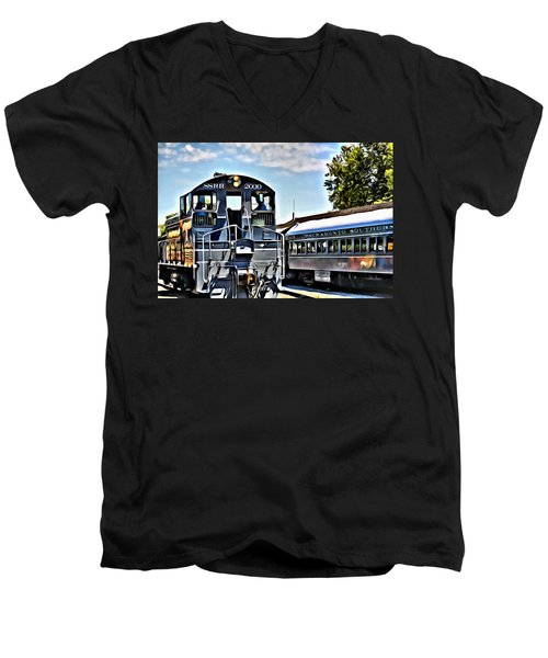 Sacramento Southern Men's V-Neck T-Shirt