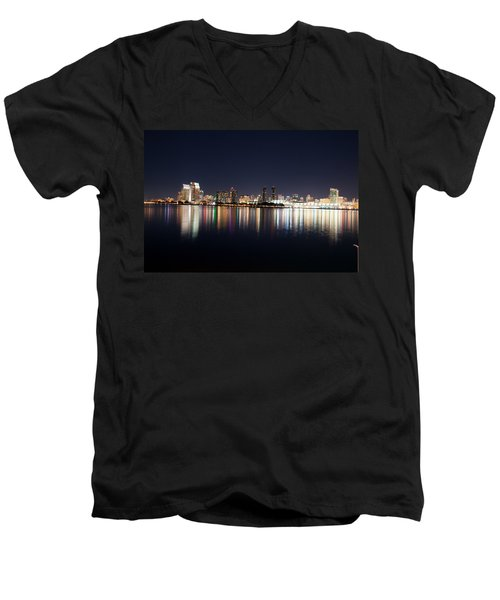 San Diego Ca Men's V-Neck T-Shirt