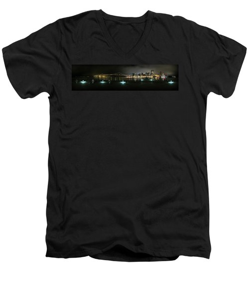 San Francisco Panorama Men's V-Neck T-Shirt