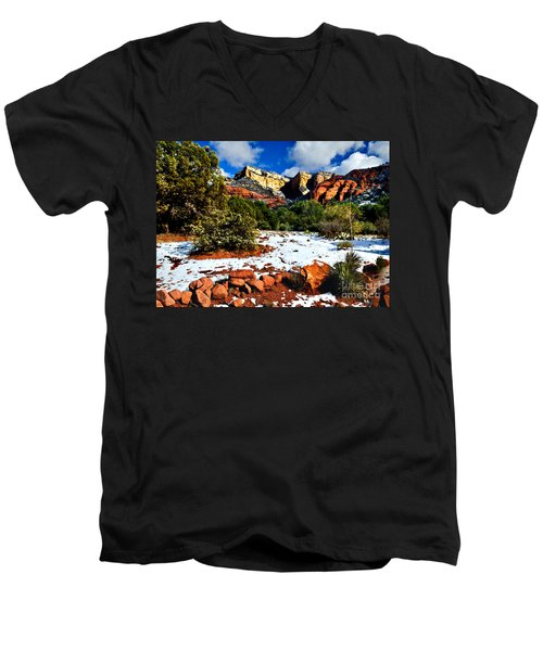 Sedona Arizona - Wilderness Men's V-Neck T-Shirt