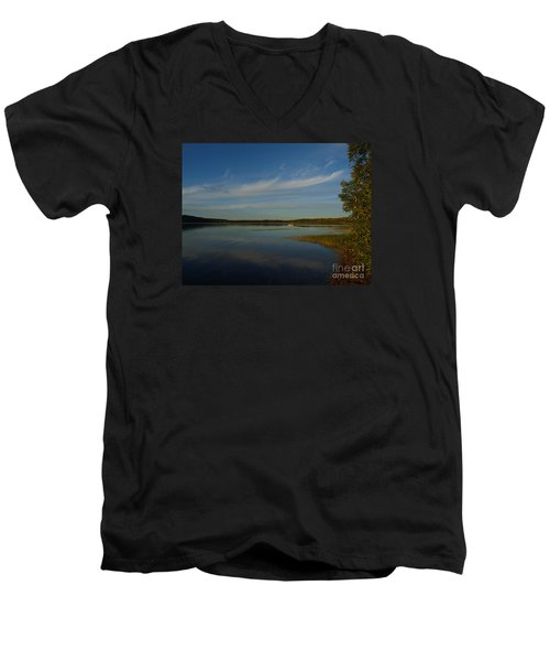 Serene Dive Men's V-Neck T-Shirt